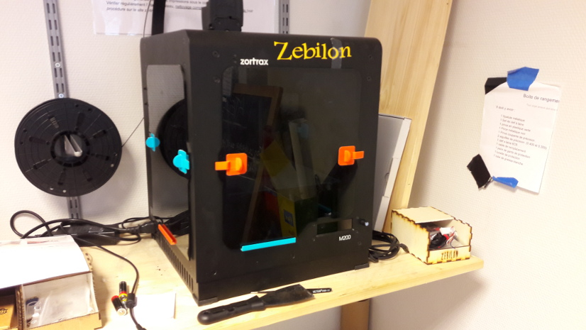 Group-Le Petit Fablab de Paris Zebilon.jpg