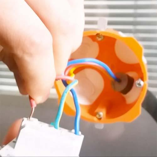 Remplacer une prise électrique tutoriel-changer-prise-electrique-etape4bis.jpg
