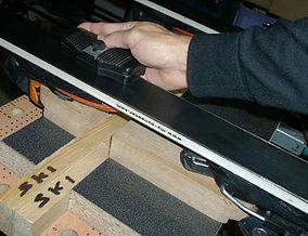 Etabli support de ski pour fartage et entretient Etabli Img6.jpg