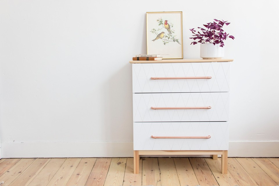 Ikea hack tarva chest of 3 drawers in pine wikifab - Relooker une commode ikea ...
