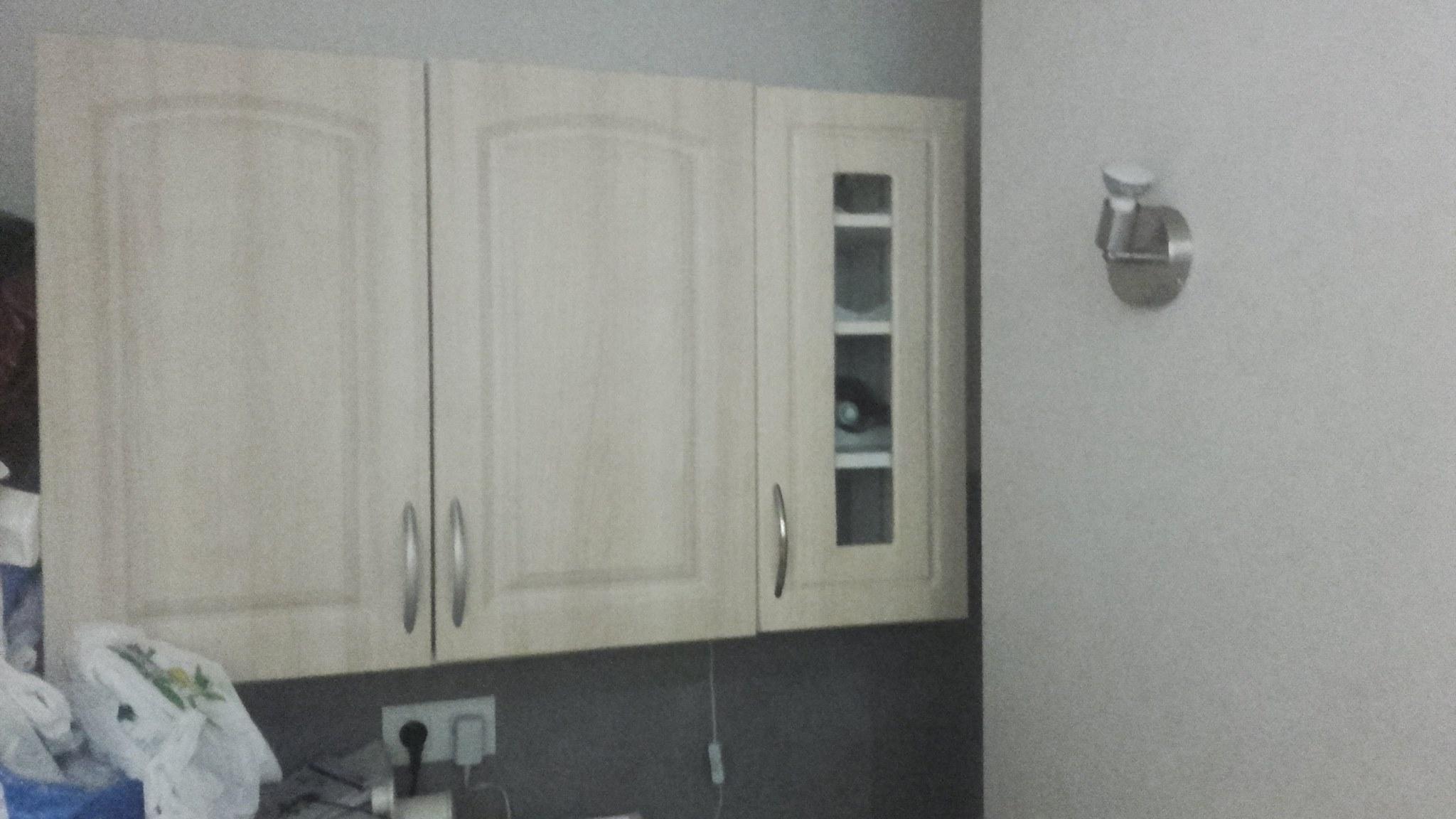 meuble a bouteille fait maison pour cuisine equipee wikifab. Black Bedroom Furniture Sets. Home Design Ideas
