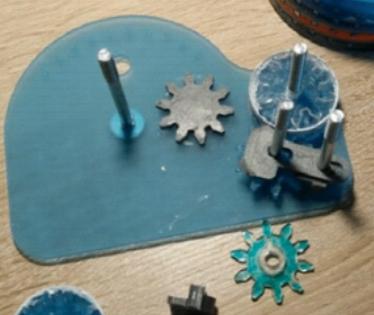 Arithmomètre (machine à calculer mécanique) montage4.png